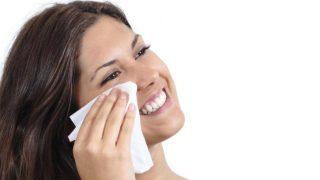 Las toallitas son muy útiles para quitar el maquillaje