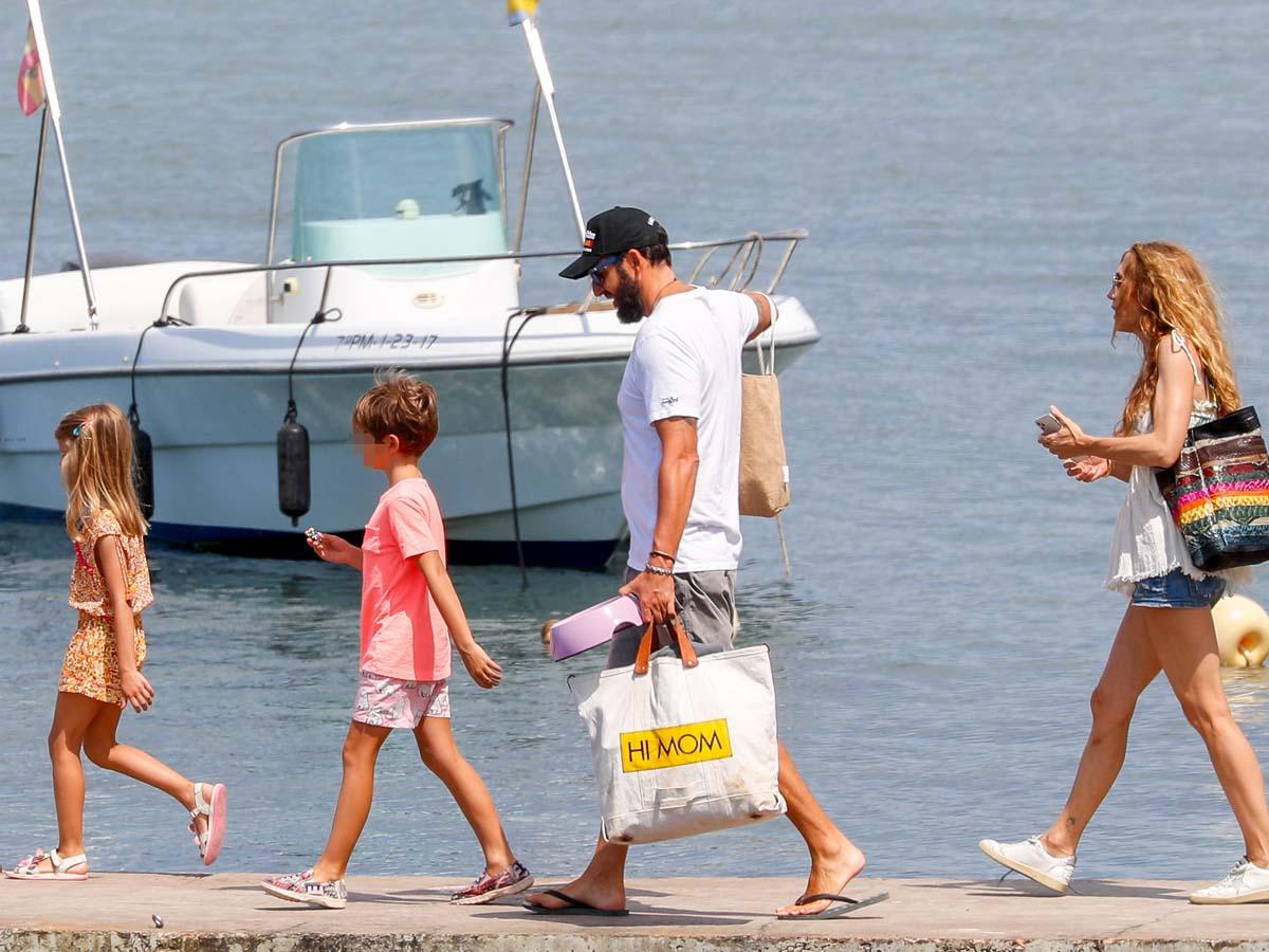 Borja Thyssen, Blanca Cuesta y sus hijos en su última escapada a las Islas Baleares / GTRES