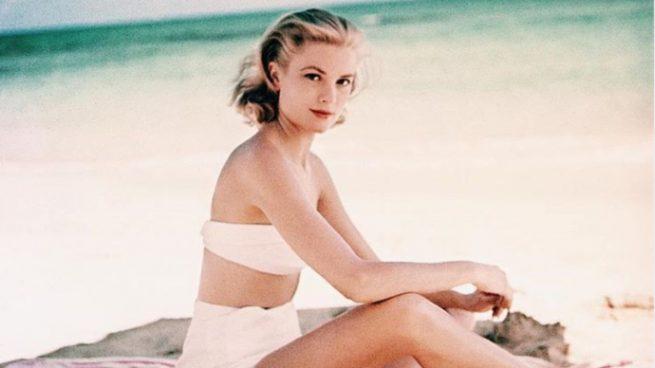 Grace Kelly fue la primera princesa en lucir bikini, estos modelos de tiro alto serían sus favoritos