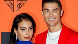 Georgina Rodríguez y Cristiano Ronaldo en un photocall de Sevilla / Gtres