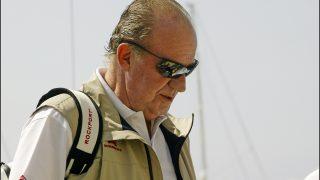 Don Juan Carlos disfrutando de la regata en Mallorca /  Gtres