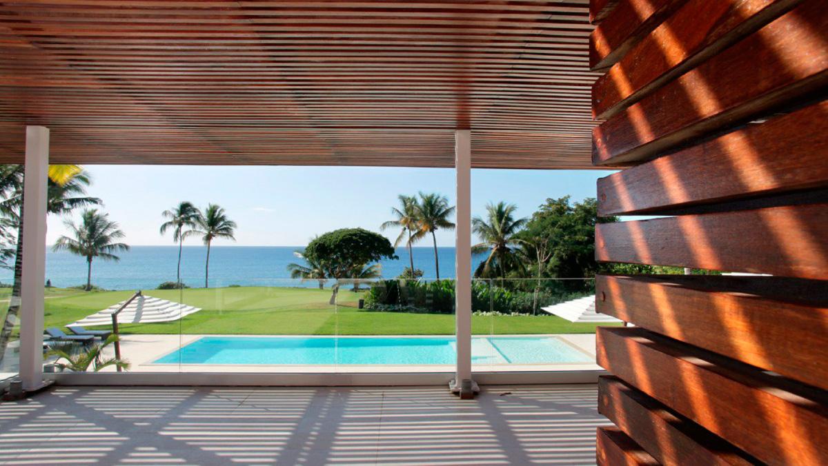 Famosos, empresarios e influyentes: los 'vecinos' VIP de don Juan Carlos en República Dominicana