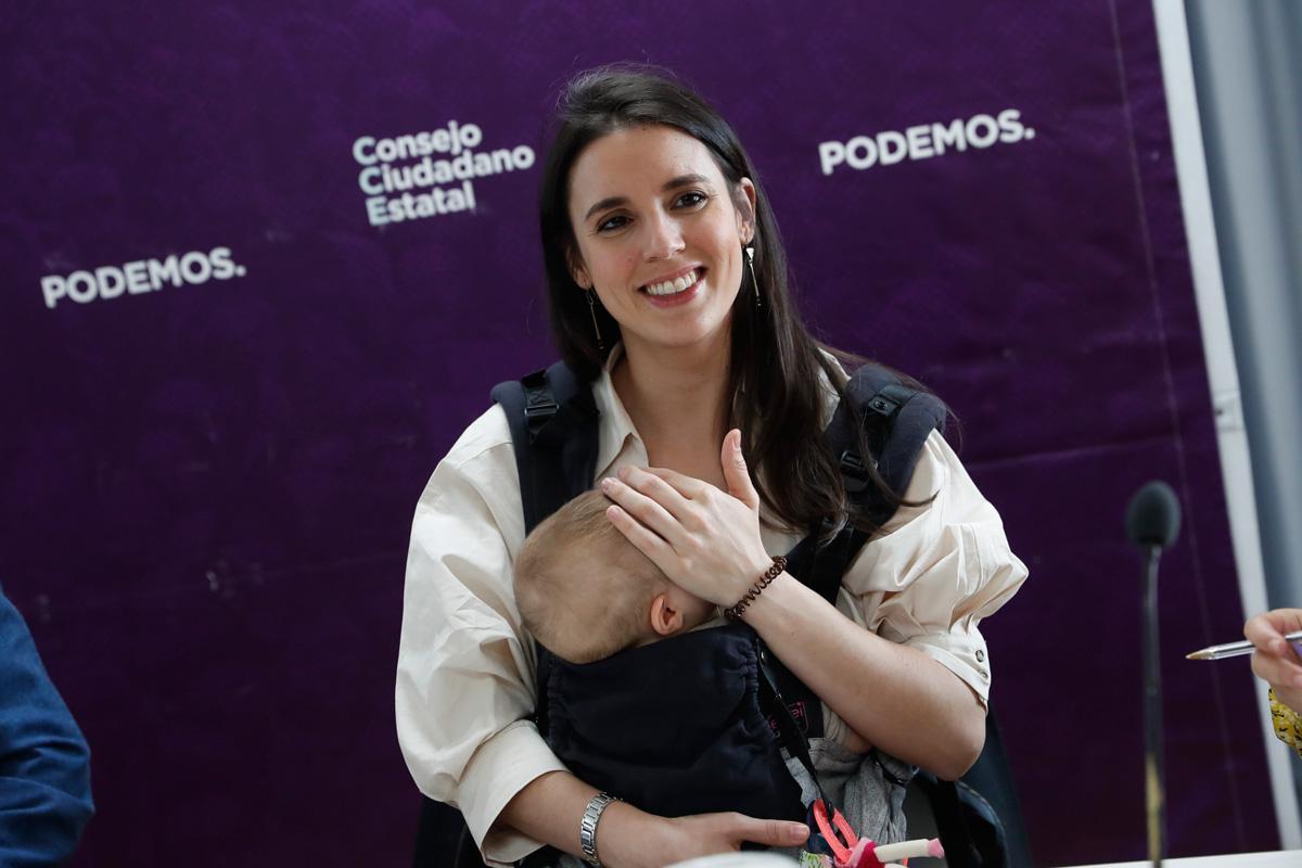 Irene Montero junto a su bebé en una imagen de archivo / GTRES