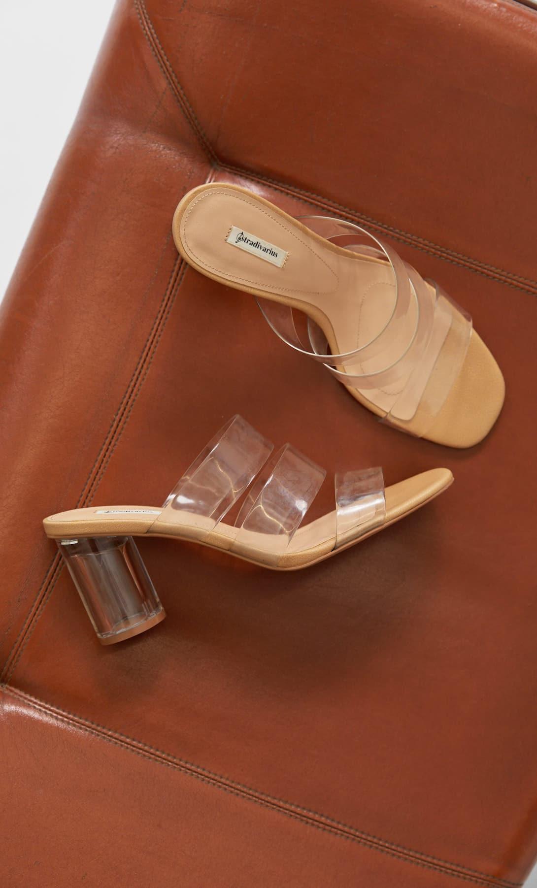 Stradivarius tiene unas sandalias como las que Paula Echevarría lució en su fiesta
