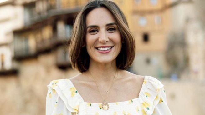 Tamara Falcó recorre España con este vestido midi de Bershka de 25 euros