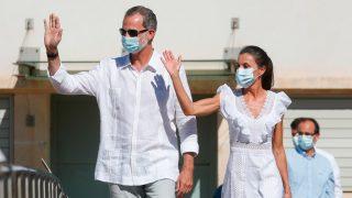 Don Felipe y doña Letizia a su llegada a Ibiza / Gtres