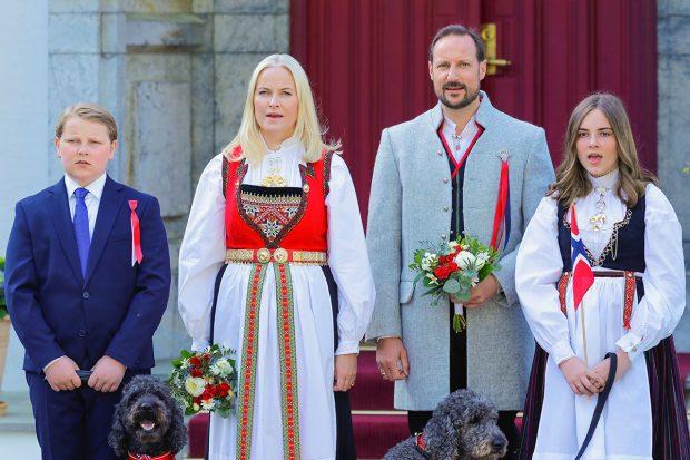Haakon de Noruega, Mette Marit de Noruega, Ingrid Alexandra de Noruega, Sverre Magnus de Noruega