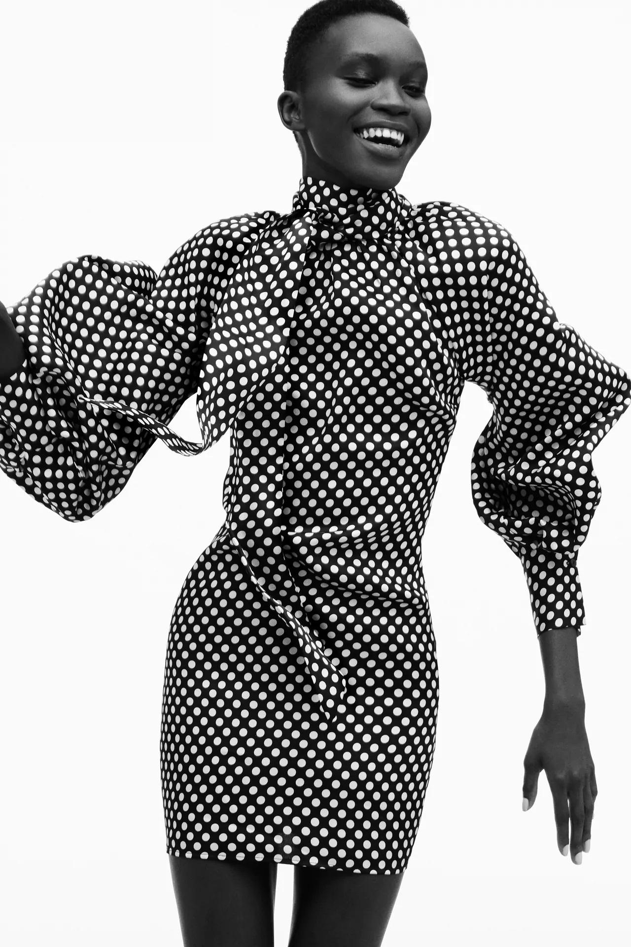 Este es el vestido de Zara de lunares que será viral este otoño con aires retro y muy elegante