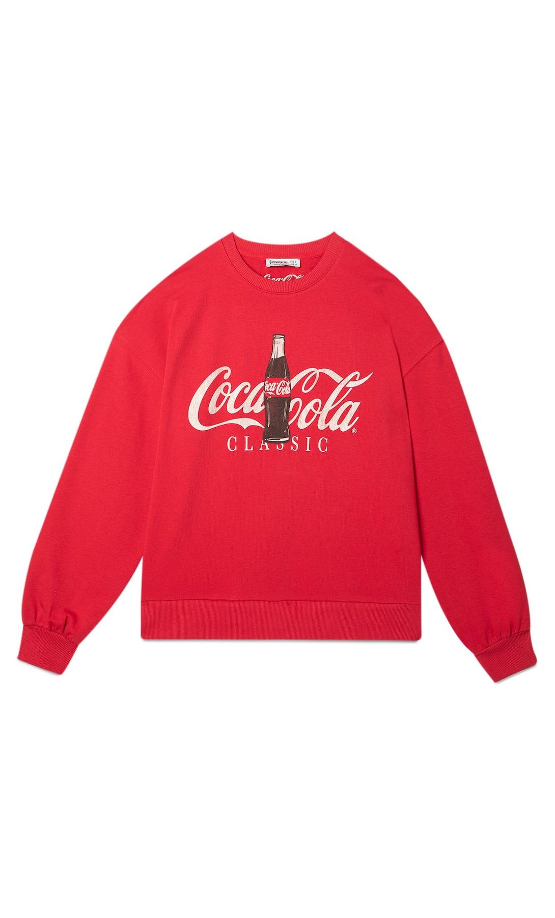 Stradivarius: ¿Coca Cola o Minie Mousse? Estas son las sudaderas retro para la nueva normalidad