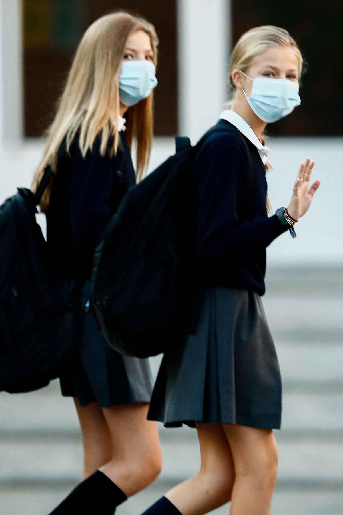 Las hijas de los Reyes de España ya han comenzado el colegio y lo hacen entre estrictas medidas de seguridad sanitaria / GTRES