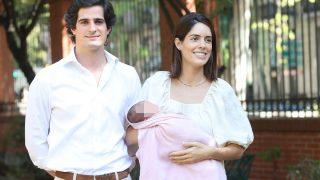 Sofía Palazuelo y Fernando Fitz-James a la salida del hospital / Gtres