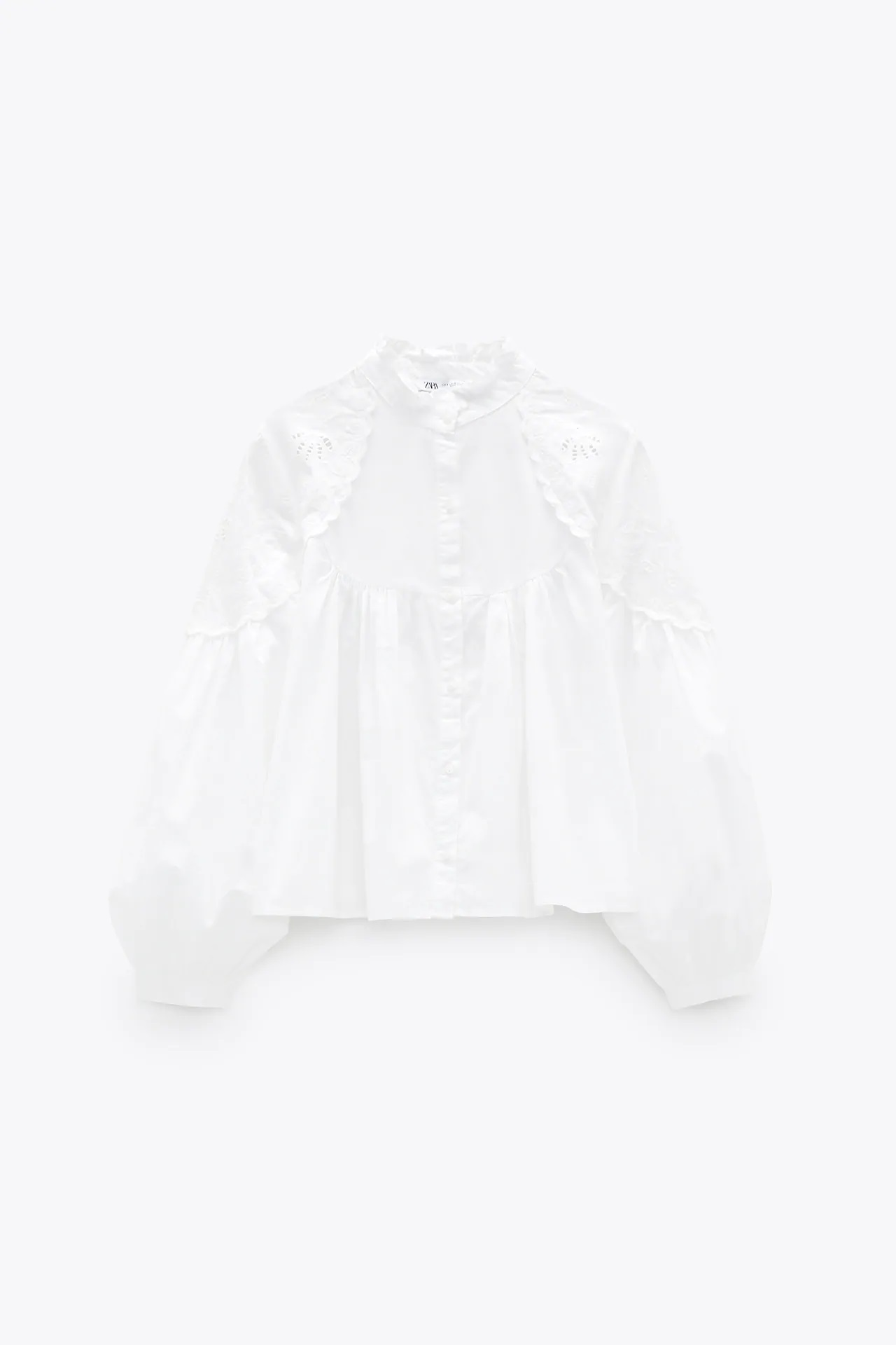 Estas son las camisas blancas de Zara que enamorarían a la princesa Grace Kelly