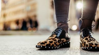 El calzado plano puede darte un look espectacular