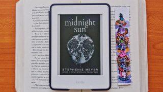 Llega 'Sol de media noche' el esperado libro de la saga Crepúsculo perfecto para este otoño