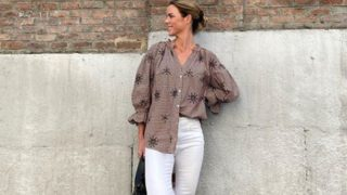Amelia Bono nos enseña cómo llevar la blusa más original y deseada de Zara
