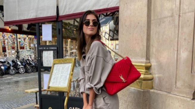 Mery Turiel llega a Paris con un conjunto de Zara ideal para recorrer la ciudad