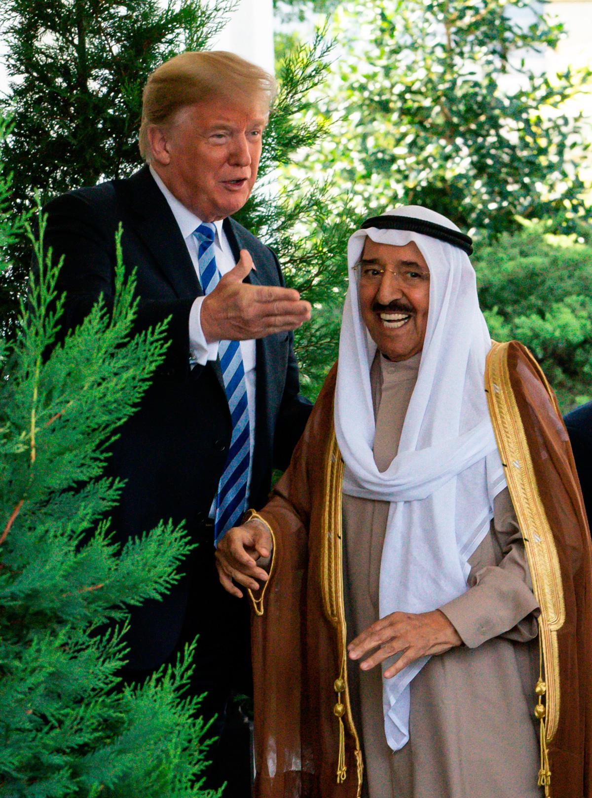 El rey Juan Carlos despide a un gran amigo: muere el emir de Kuwait
