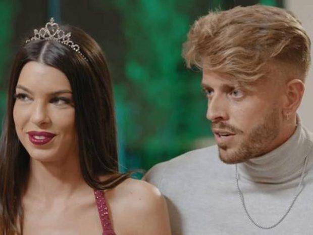 Óscar y Andrea en 'La isla de las tentaciones'/Telecinco