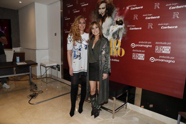 Rocío Carrasco y Anabel Dueñas durante el musical 'Qué no daría yo' celebrado en Madrid el 31 de enero de 2020./Gtres