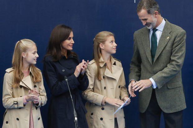 El Rey Felipe VI, la reina Letizia, la princesa Leonor y la infata Sofía en Asturias 2019./Gtres