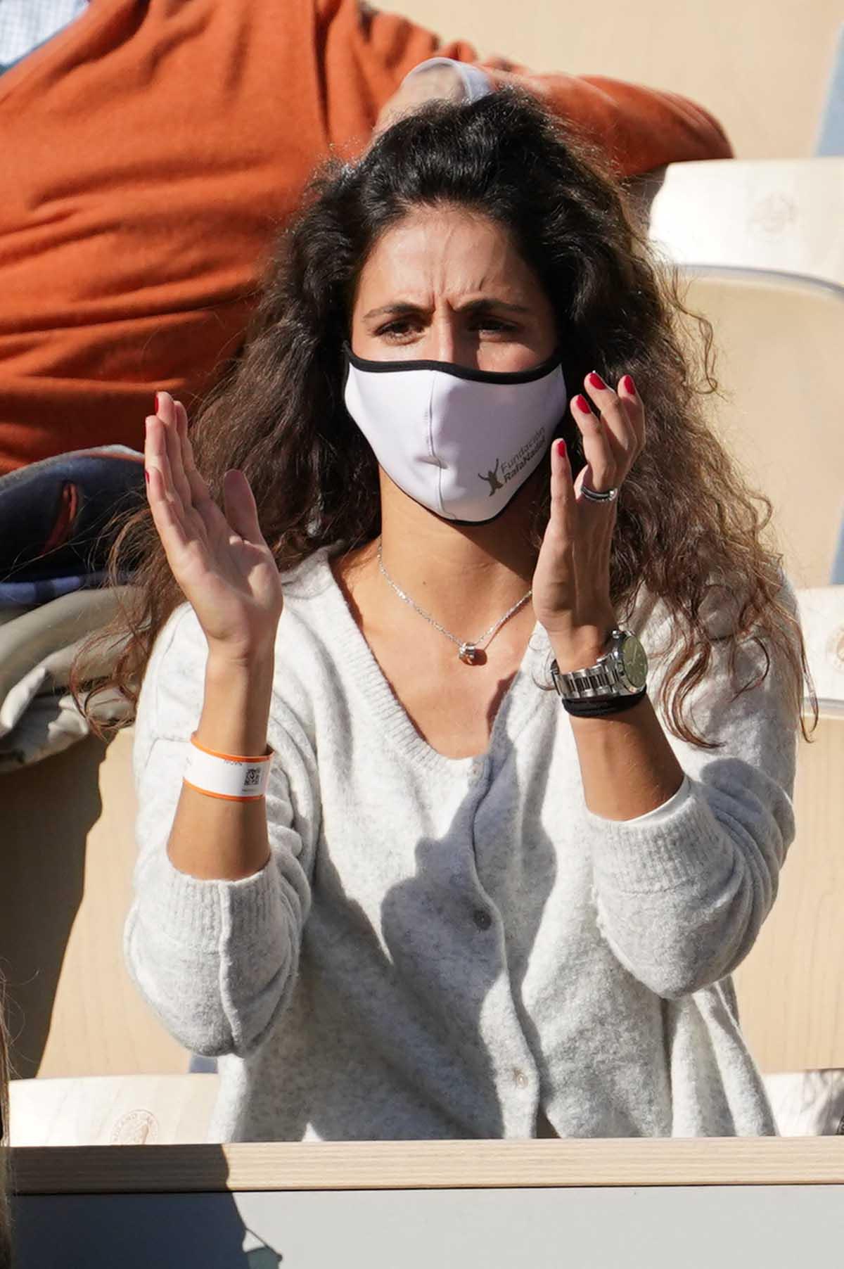 Xisca Perelló animó durante todo el partido a su marido, que ha pasado a la final del Roland Garros / GTRES