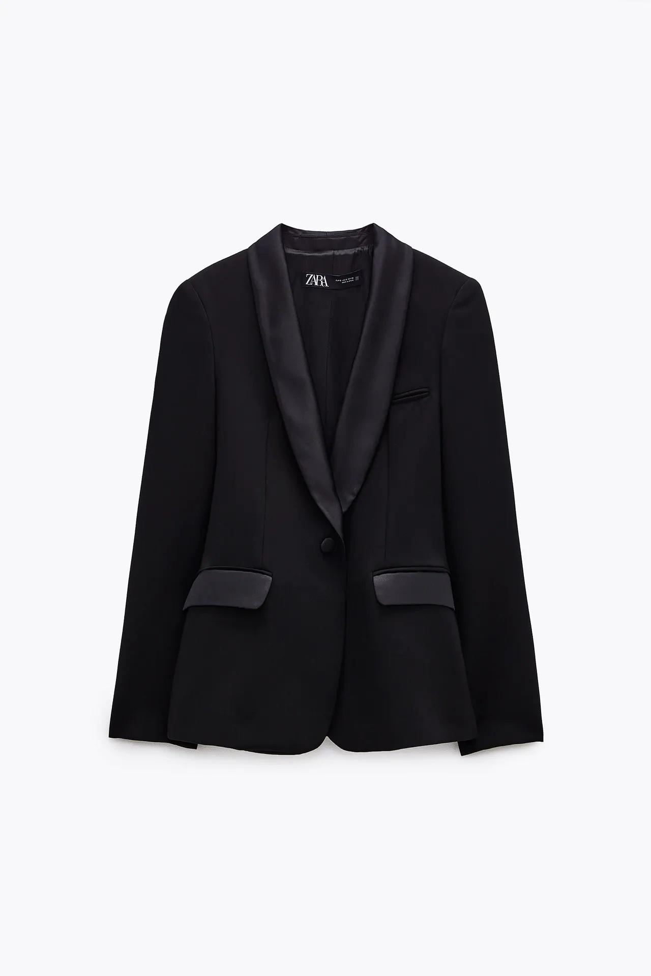 El impecable look de Zara de Kate Middleton, la duquesa actualiza un traje negro básico