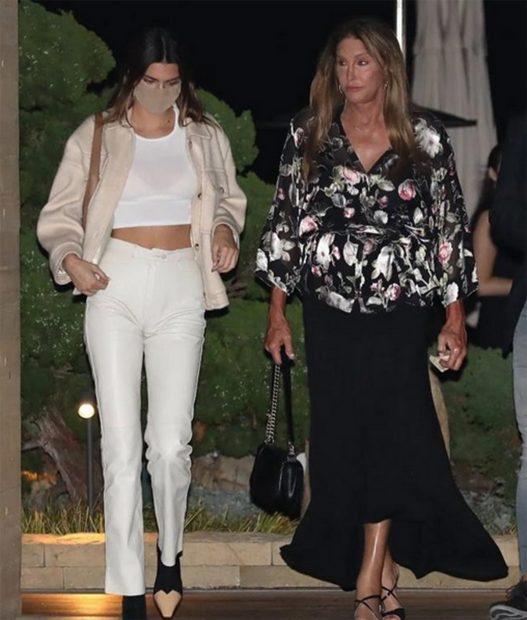 Kendall Jenner junto a su padre Caitlyn Jenner/ @k3ndallupdates