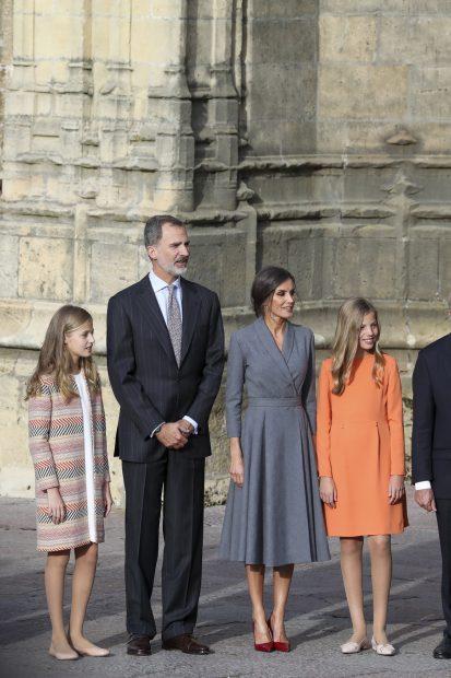 Reina Letizia, el rey Felipe, la princesa Leonor y la infanta Sofía en uno de los actos de los Premios Princesa de Asturias 2019/Gtres