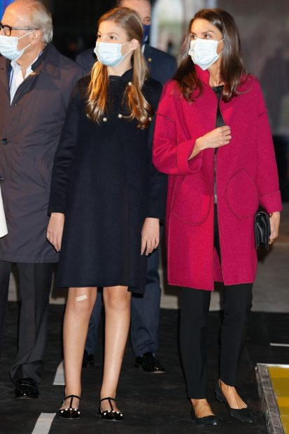 La reina Letizia junto a su hija la infanta Leonor en Oviedo./Gtres