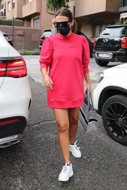 Paula Echevarría aparece tras el anuncio de su embarazo con una de sus prendas de 'Space Flamingo'/Gtres