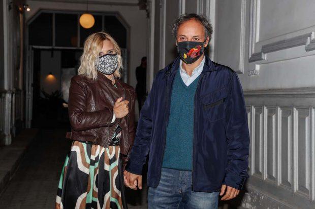 Arropada en todo momento de su marido, Narcís Rebollo, Eugenia ha inaugurado su primera exposición de pintura/Gtres