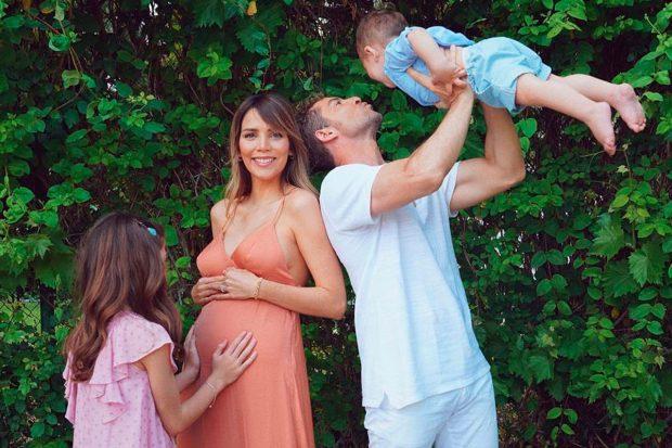 Con esta imagen tan tierna anunciaban el segundo embarazo de la venezolana/@davidbisbal
