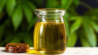 Descubre todos los beneficios que tiene el aceite de cáñamo para la piel