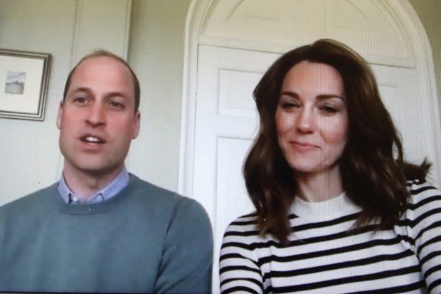 El príncipe Guillermo y Kate Middleton en una videoconferencia./Gtres