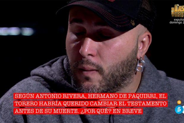 Kiko Rivera visiblemente emocionado en el especial 'Cantora: herencia envenenada'./Telecinco
