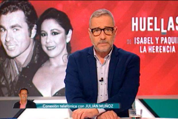 Julián Muñoz entró en directo en el programa 'Huellas' y confirmó que él también ha visto los objetos personales de 'Paquirri'/Telemadrid