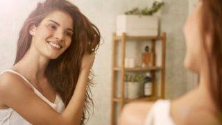Descubre los alimentos esenciales para tener un pelo hidratado