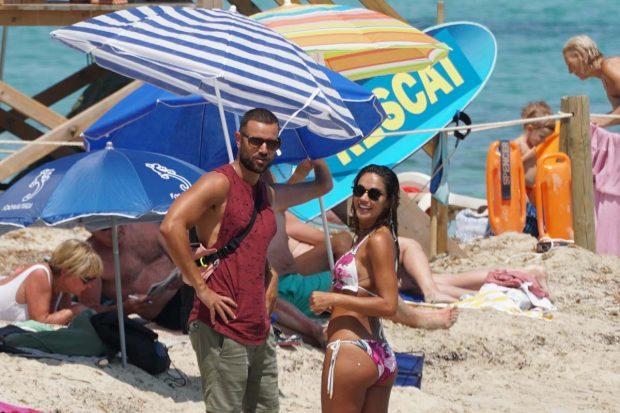 La presentadora rompió con Adrián Torres tras finalizar el verano/Gtres