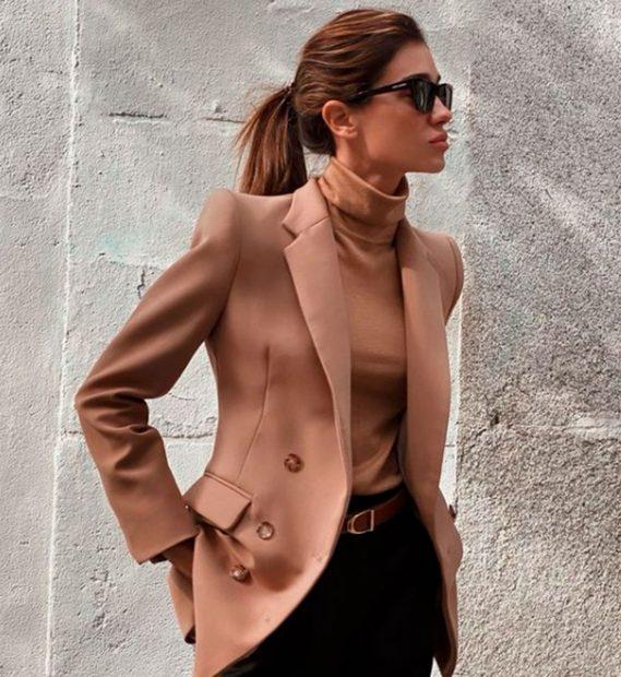 De estilo boyfriend, la blazer sigue siendo la mejor inversión para tu fondo de armario/@blanca_bleis
