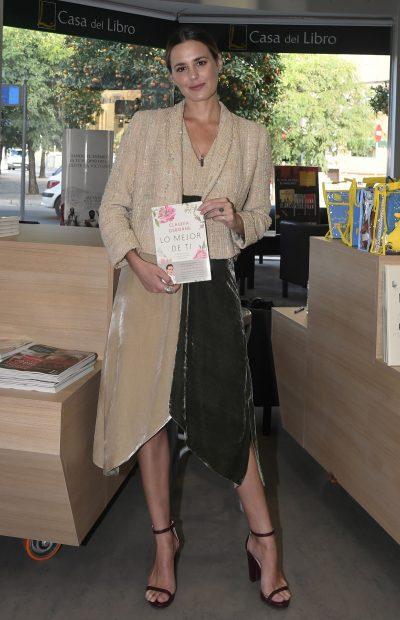 Claudia Osborne en la presenteción de su libro en Sevilla./Gtres