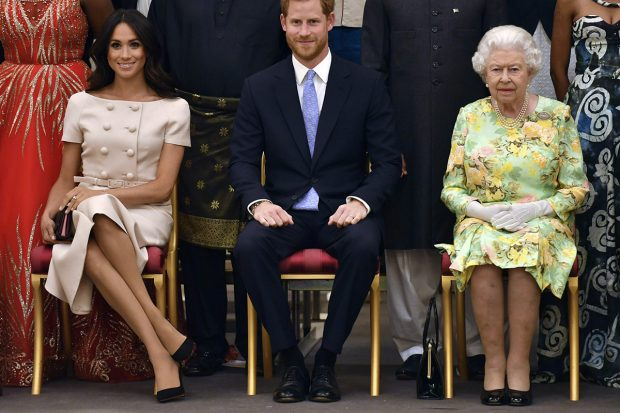 El príncipe Harry se pasa al lado hippy: el detalle que la Reina no aprobará
