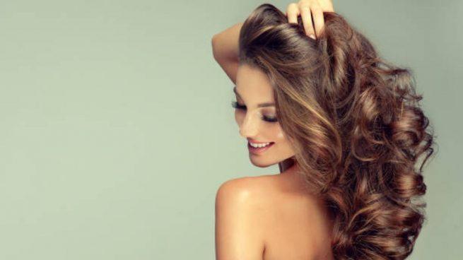 cabello voluminoso brillante