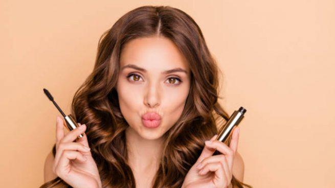 Maquillaje de ojos para Nochevieja: 7 ideas para maquillar los ojos en negro, dorado o plateado