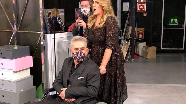 Kiko Hernández, en silla de ruedas / Mediaset