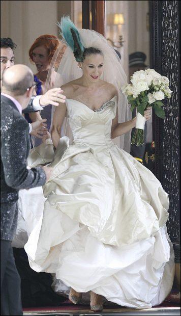 Sarah Jessica Parker interpretando a Carrie Bradshaw en 'Sexo en Nueva York'./Gtres