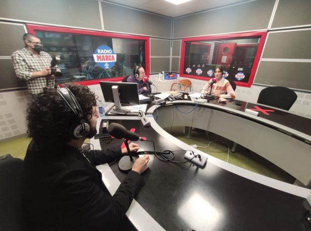 Sara Carbonero y Marwan, durante la entrevista / Twitter @radiomarca