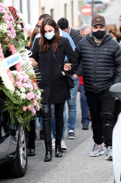 Irene Rosales y Kiko Rivera en el entierro de Manuel Rosales./Gtres
