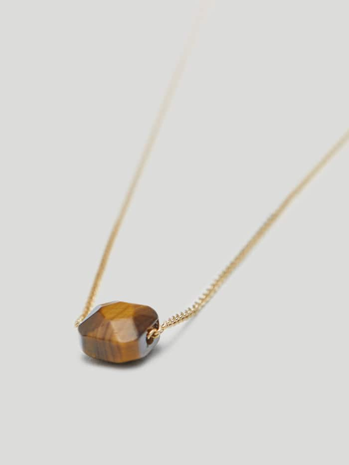 Massimo Dutti: Descubre su nueva colección de joyas con 12 piedras de nacimiento
