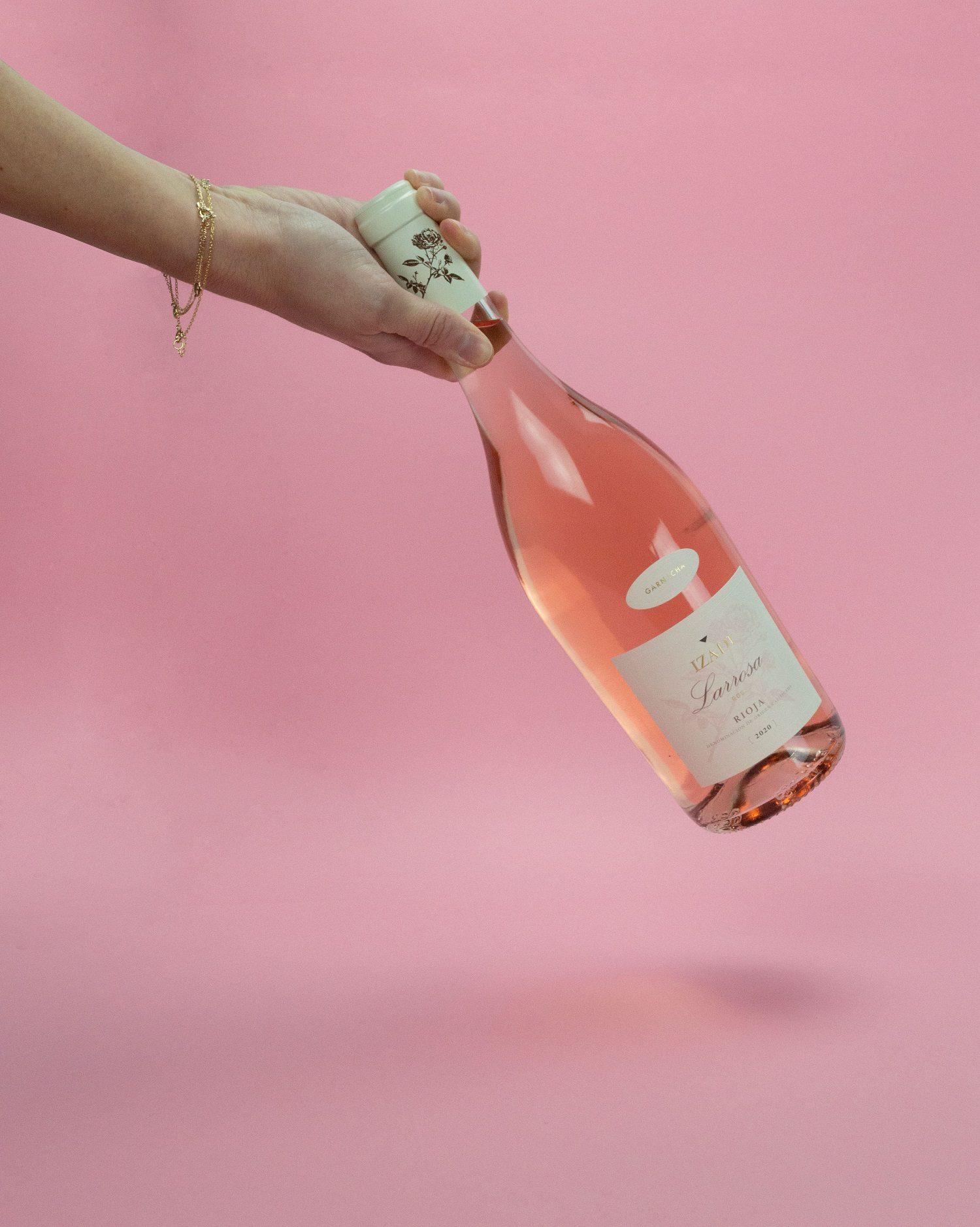 Los mejores vinos para disfrutar en pareja de este San Valentín en casa