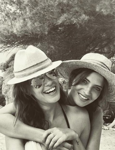 Sara Carbonero e Isabel Jiménez en una imagen del perfil de Instagram de la mujer de Iker Casillas./Instagram @saracarbonero